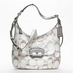 Cool 30 Hobo Bag to Complete your Style from https://www.fashionetter.com/2017/08/12/30-hobo-bag-complete-style/