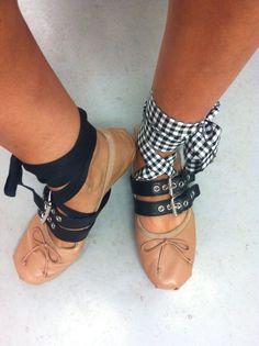 Trendy ballet flats .die angesagtesten Ballerinas .# boho# miu miu # blogger
