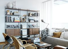 One workshop Design classic: Das String Regal Living Room Storage, Living Room Furniture, Modern Furniture, Home Furniture, Living Room Decor, Furniture Design, Living Room Modern, Living Spaces, String Regal