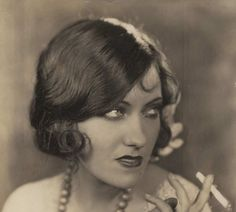 "Gloria Swanson, ""This cigarette tastes like...a cigarette! Ewwww!"""