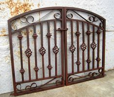 Donovan Double Swing Iron Gate - 5 Wide