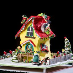 Photos from the National Gingerbread House Competition
