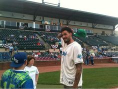 Watch Willie Cauley-Stein throw 3 first pitches before today's Lexington Legends game. http://ow.ly/LIGxR