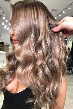 6 Great Balayage Short Hair Looks – Stylish Hairstyles Honey Blonde Hair, Blonde Hair Looks, Brunette Hair, Light Brown Hair, Light Hair, Gold Brown Hair, Light Blonde, Non Blondes, Haircuts For Long Hair