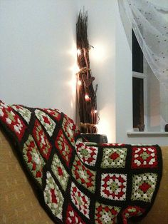 christmas crochet throw ...needs nicer colors ...but be inspired!