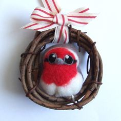 Needlefelted Bird Red Breasted Robin 4 inch by feltmeupdesigns, £20.00