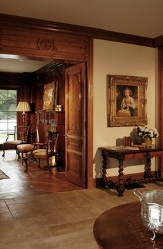Euro entry  #antiques #french #chippendale  Foyer to French home Beverly Hills @dtminteriors