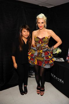 I love Gwen Stefani 'n I love her even more for rockin' some ankara!