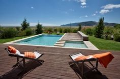 Amazing swimming pool with views of Troia and Arrabida in Portugal
