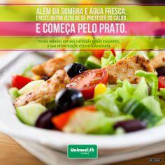 Salada para refrescar!  Saiba quais combinações são benéficas e poderosas para desintoxicar o organismo, além de fornecer disposição para enfrentar os dias quentes: http://unimed.me/1b6bQAp