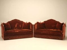 Pair of Vintage' Baker' Knole Sofas with original upholstery