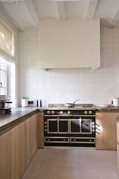 A New Take on All-Wood Kitchens - Studio McGee Studio Kitchen, Home Decor Kitchen, Kitchen Furniture, Kitchen Design, Kitchen Ideas, Refacing Kitchen Cabinets, Kitchen Shelves, Kitchen Countertops, Kitchen Backsplash