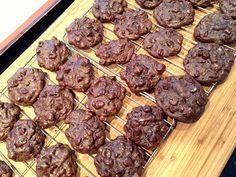 Chewy Chocolate Meringue Cookies