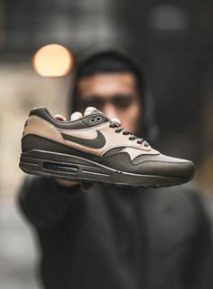 Nike Air Max 1 Leather Premium: Loden