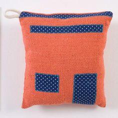 Almofada de cheiro da coleção Inhamuns (tecido de algodão com aplicação) | Laboratório Piracema de Design | Heloísa Crocco