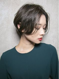 Asian Haircut Short, Medium Bob Cuts, Short Hair Cuts, Short Hair Styles, Bob Hair Color, Bob Hairstyles, Hair Makeup, Hair Beauty, Grande