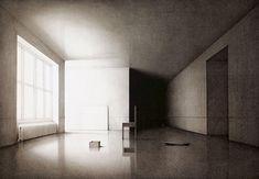 """Keisuke Yamamoto (1961 -) es un artista japonés de impresión que trabajó en una serie de litografías interesantes llamada """" Luz, Tiempo, Silencio """", que incluyen pocos temas: sillas, escaleras y ventanas. La iteración de los tres elementos situados en diferentes lugares y bajo la luz siempre cambiante, produce un increíblemente rica secuencia de escenarios en blanco y negro. La idea de """"tiempo"""", a la que se refiere el título, se describe por medio de la gradación de la luz, representado en…"""
