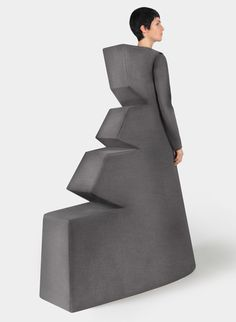Speechless, minimalism, futuristic, sculptural  ...Yuri Padi Monument collection...