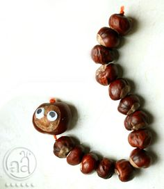 fall craft tutorial: make a chestnut worm! In the UK it's common tradition to take the kids down to a park with horse chestnut trees and collect them to craft or play conker wars with. Autumn Crafts, Fall Crafts For Kids, Nature Crafts, Thanksgiving Crafts, Toddler Crafts, Diy For Kids, Summer Crafts, Easter Crafts, Christmas Crafts