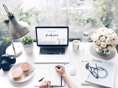 Business home Office. Organisation and decoration is everything Fall Inspiration, Workspace Inspiration, Desk Inspo, Motivation Inspiration, My New Room, My Room, Studio Decor, Office Inspo, Office Ideas