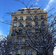 Paris in the snow - Chez Loulou