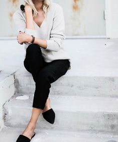 Light grey and black make the perfect fall or winter outfit. Top it off with black flats and you're set to go. Let DailyDressMe help you find the perfect outfit for whatever the weather!