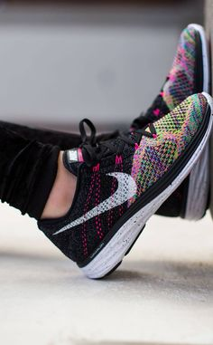 c34a7fcc8801 The Flyknit Lunar 3 s look really nice with any black or white workout  outfit. Also