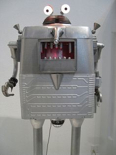 http://www.roboshop.in/robotic-kits-with-tutorials/line-follower-without-microcontroller-diy