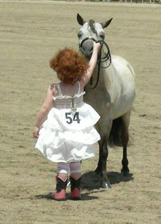 Miniature Horse Showing (Love the dress with the cowboy boots. 8de311b4157f