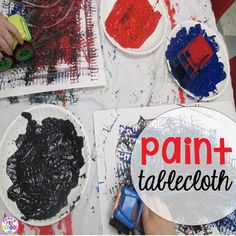 12 life changing classroom art tricks - how and why to make a painting tablecloth for my preschool classroom Classroom Charts, Preschool Classroom, Art Classroom, Classroom Activities, Primary Classroom, Classroom Design, Classroom Organization, Kindergarten Activities, Art Activities