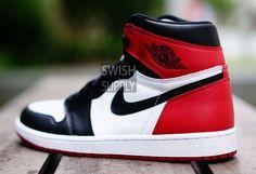 Best Sneakers :    AIR JORDAN 1 BLACK TOE (JESIEN 2016) ZAJAWKA-1  - #Sneakers https://talkfashion.net/shoes/sneakers/best-sneakers-air-jordan-1-black-toe-jesien-2016-zajawka-1/