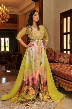 Don't like the colour yellow personally, but now I've changed my mind!! #Kaftan