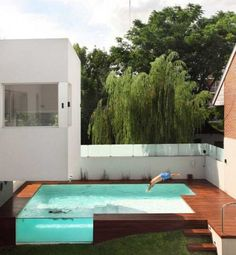 Nice deck and side view into the pool...