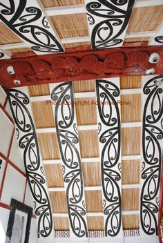 Introducing Maori Lifestyles: At Koriniti Marae - Whanganui River Region Polynesian People, Maori Patterns, Ancient Runes, Maori Designs, Tiki Art, Black Love Art, Maori Art, Kiwiana, Ancient Civilizations