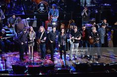 Jackson Browne, Susan Tedeschi, Warren Haynes, Pat Monahan, Martina McBride, Devon Allman, Eric Church, and Zac Brown rehearse for All My Friends: Celebrating the Songs