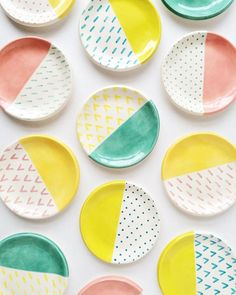 These candy colored ring dishes are heading out to tomorrow! These candy colored ring dishes are heading out to tomorrow! Ceramic Clay, Ceramic Plates, Ceramic Pottery, Diy Clay, Clay Crafts, Arts And Crafts, Pottery Painting, Ceramic Painting, Cerámica Ideas