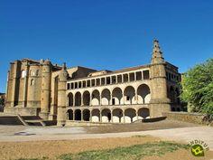 El Conventual de San Benito se encuentra en la bonita localidad cacereña de Alcántara. Durante el reinado de los Reyes Católicos, en el año 1.505, se comenzó la construcción de este conventual para alojar a los freires de la orden de Alcántara,