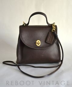 Vintage COACH Small Brown Leather Turnlock Crossbody Bag.  75.00 4b894c392b93b