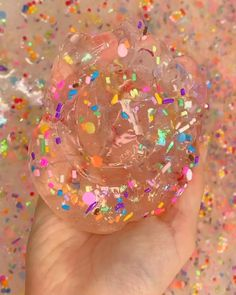 This is Candy lake Slime. This slime is SUPER DUPER clear and thick! This slime also has a slight tint of pink in the clear slime, to give it that sweet candy feel and scented just like a whole bunch of candies mixed together! Jelly Slime, Slimy Slime, Borax Slime, Best Fluffy Slime Recipe, Making Fluffy Slime, Slime Vids, Oddly Satisfying Videos, Satisfying Things, Pretty Slime