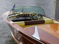 Hello gorgeous... Nothing like a vintage Chris Craft.....