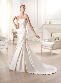 Gericht Schleppe Etui Satin elegantes & luxuriöses trägerloses klassisches & zeitloses bodenlanges Brautkleider