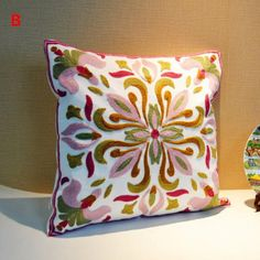 Chinese style 2 flower decorative pillows embroidered for sofa