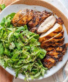 Balsamic Chicken Balsamic Chicken Marinades, Baked Balsamic Chicken, Balsamic Vinegar Chicken, Balsamic Marinade, Yummy Chicken Recipes, Yum Yum Chicken, Healthy Recipes, Healthy Eats, Diet Recipes