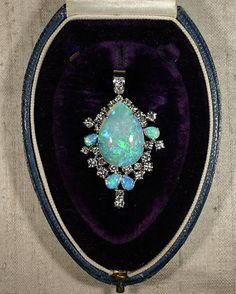 Victorian opal brooch