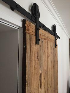 Old wood sliding door - schiebetür - Door Design Wooden Sliding Doors, Sliding Door Design, Wooden Door Design, Sliding Closet Doors, Wooden Barn Doors, Metal Barn, Garage Doors, Sliding Door Window Treatments, Interior Barn Doors