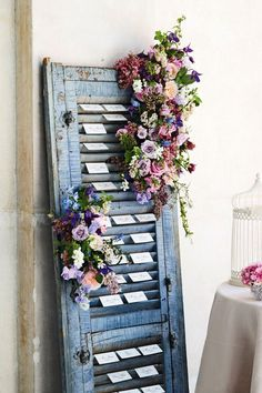 Display escort cards in a rustic painted shutter that has been decorated with fresh flowers - oh hell yeah! Thanks to frederik´s wedding place cards, sports wedding place cards Wedding Table Assignments, Wedding Table Seating, Rustic Place Cards, Wedding Place Cards, Wedding Card, Wedding Invitations, Karten Display, Vintage Shutters, Blue Shutters