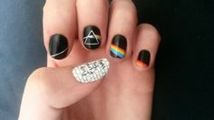 pink-floyd-nail-art the dark side of the moon the wall