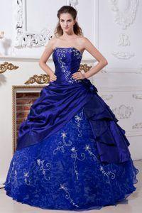 Dark Blue Strapless Embroidery Quinceanera Dresses in Taffeta and Organza