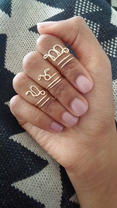 Zierliche Zodiac Midi Draht Ringe von ZODIS auf Etsy