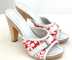 Burberry Sandals Red And White Floral Slide Shoes Sz 37 Made In Spain #Burberry #Slidesandals #Casual